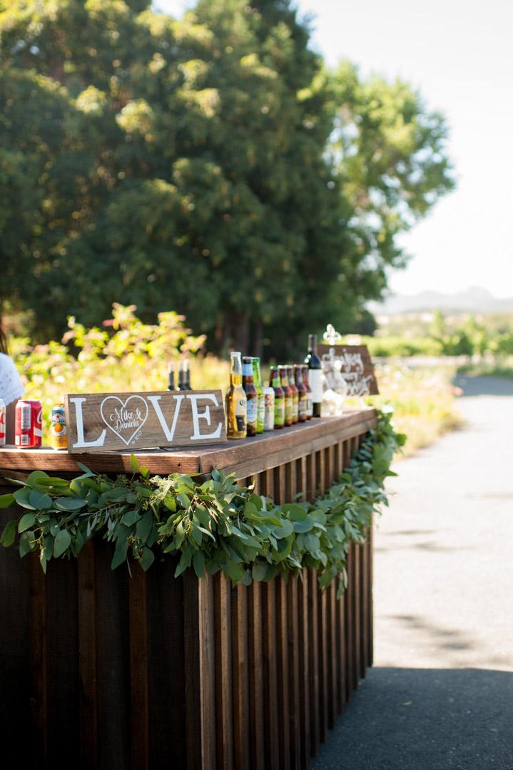 Wedding Bar: Alternatives to Hard Alcohol