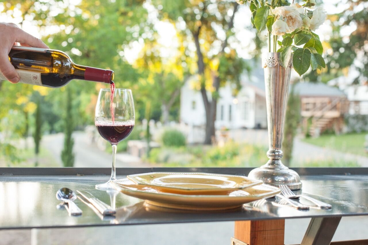How To Choose The Right Wedding Wines